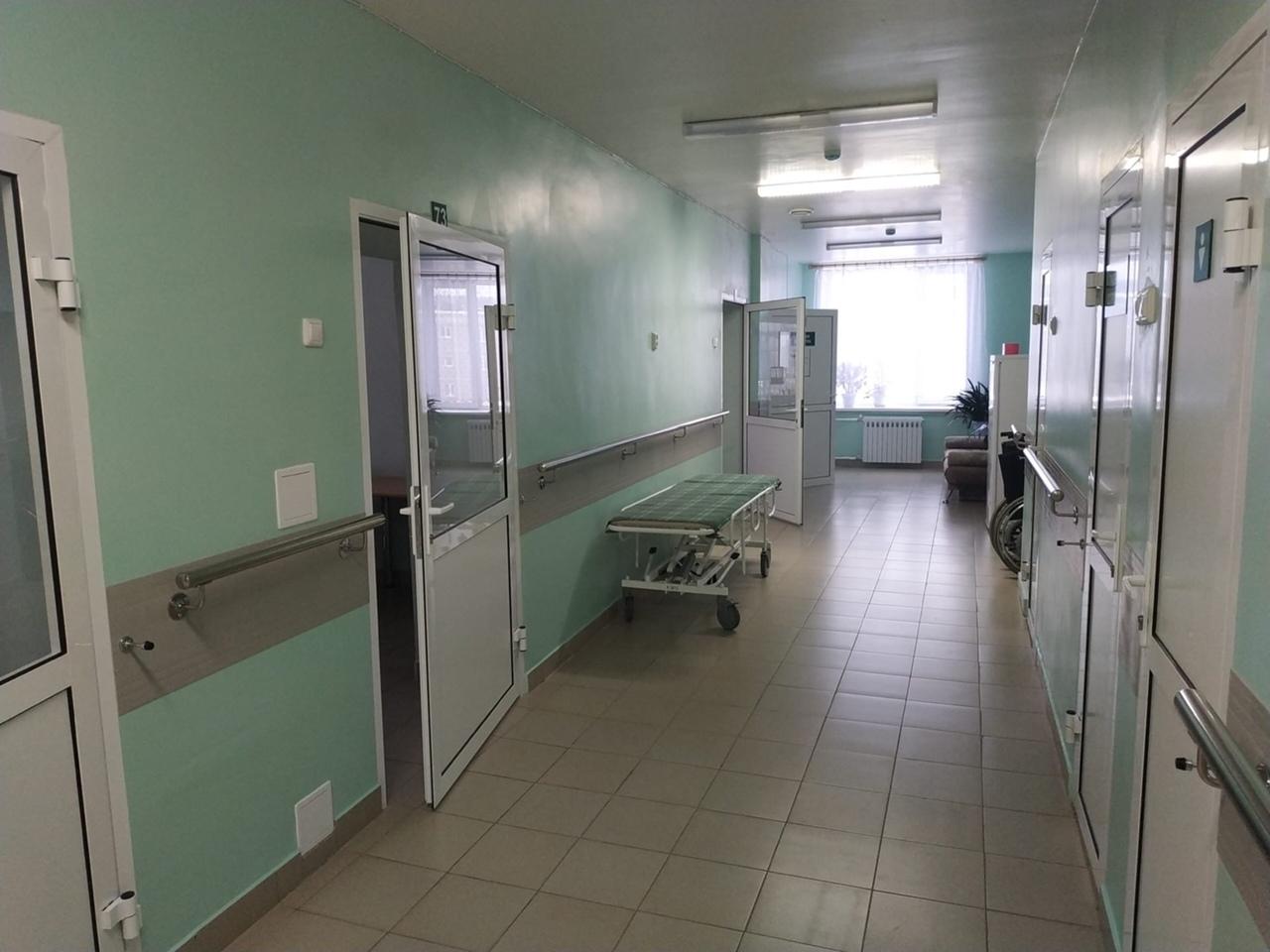 Капитальный ремонт входной группы в поликлинике в Сысерти