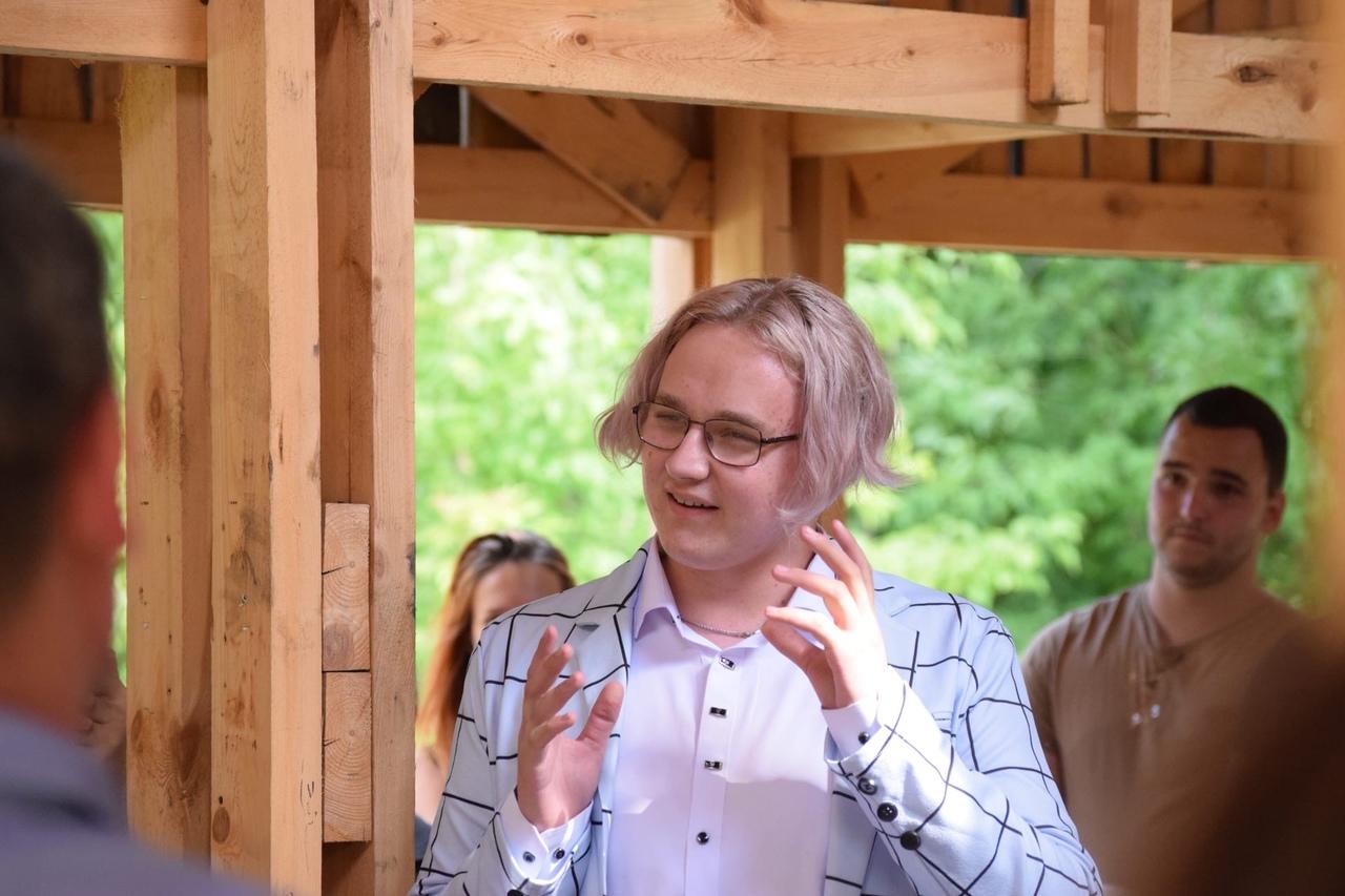 Губернатор Евгений Куйвашев встретился с сысертской молодежью